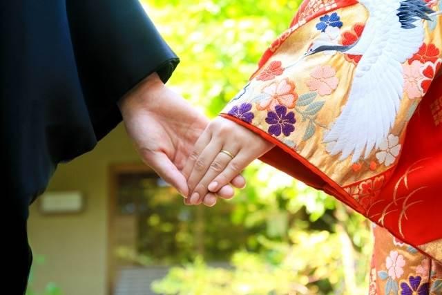 結婚によって発生する義務や権利とは??
